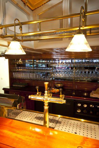 Bar op het panoramadek van de Kapitein Anna (c( DJD