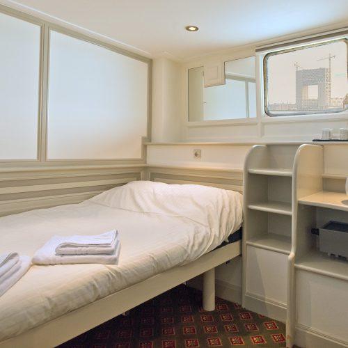 Single Room 140830 004 (x1000 uitzicht) (c) Kapitein Anna - Bruinekool